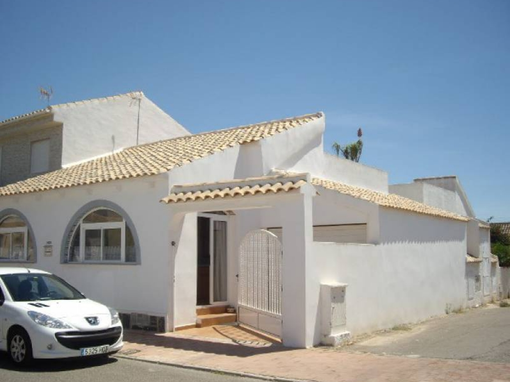 2 Bedroom 1 Bathroom Bungalow in Los Alcazares
