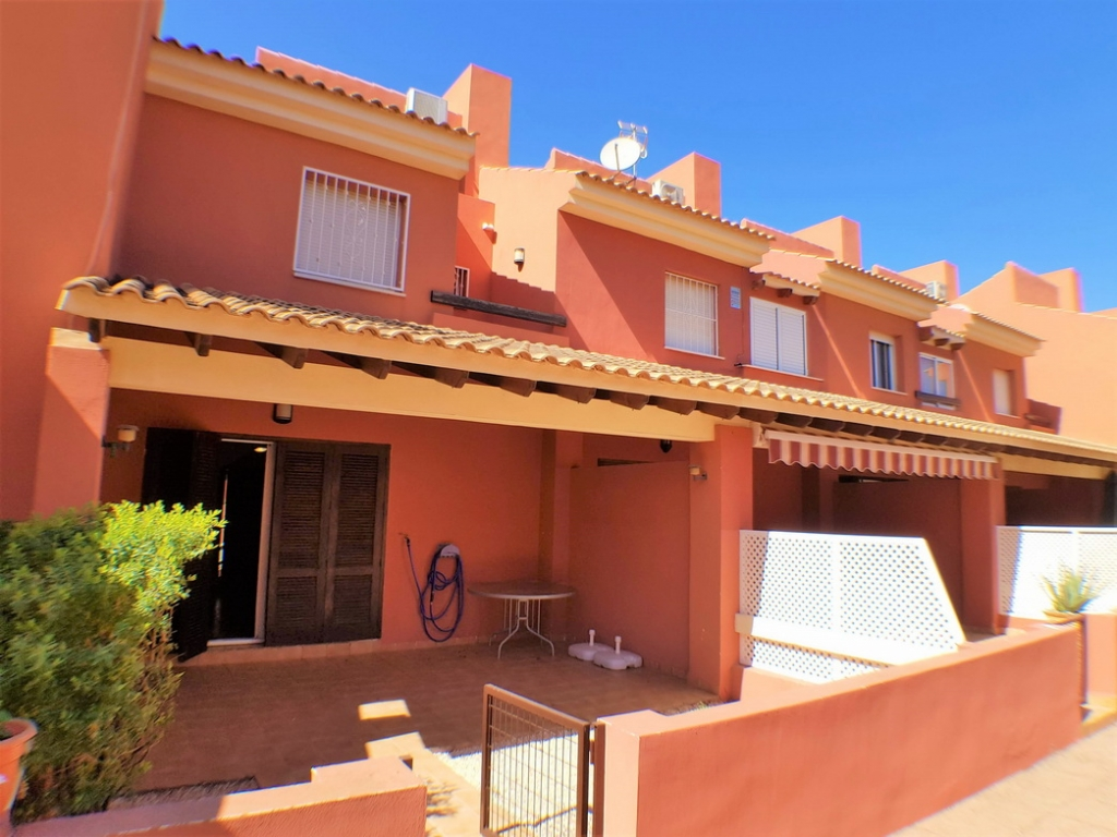 2 bed 2 bath townhouse in Mar de Cristal