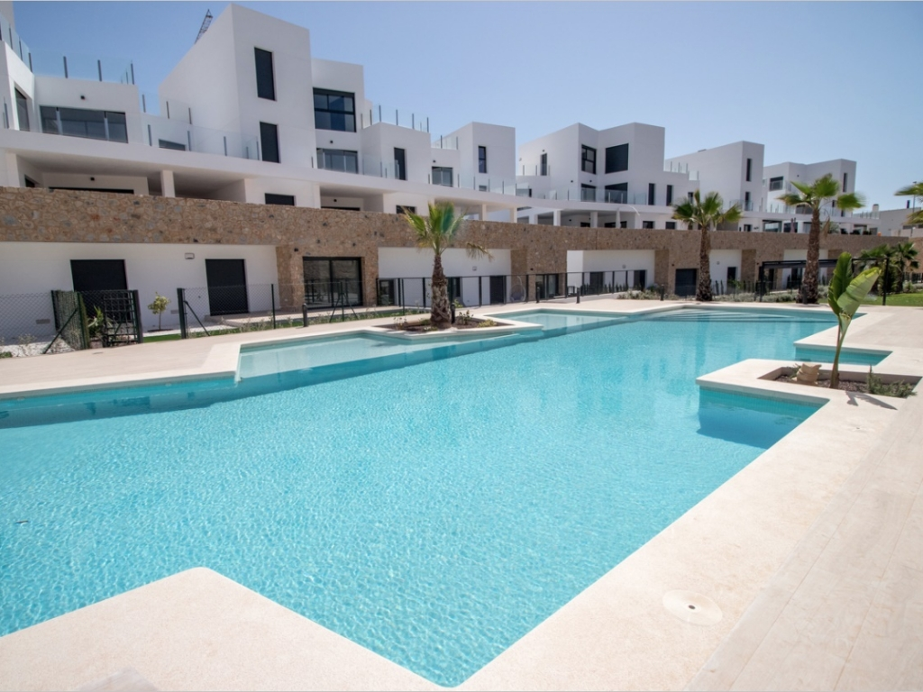 3 Bedroom 2 Bathroom Apartment in Orihuela