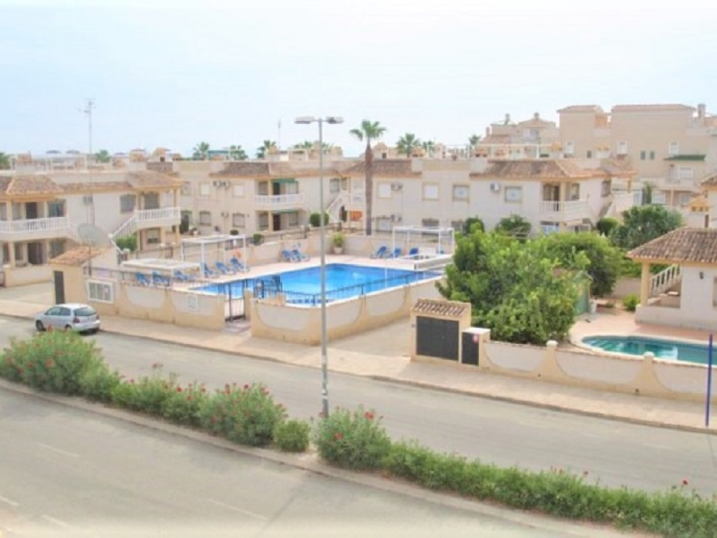 2 Bedroom 1 Bathroom Apartment in Villamartin