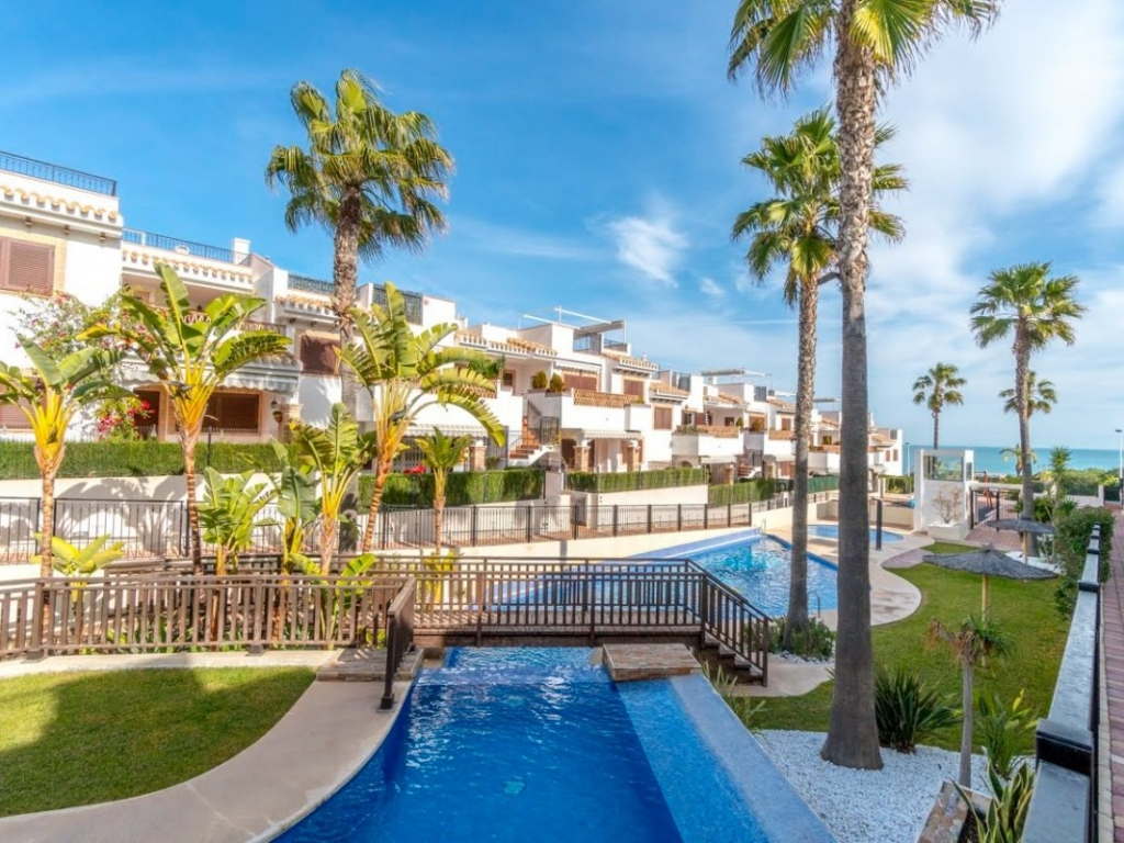 2 Bedroom 2 Bathroom ground floor apartment in Azul Beach La Mata