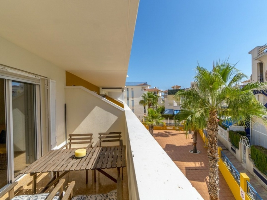 2 Bedroom 1 Bathroom Apartment in La Mata