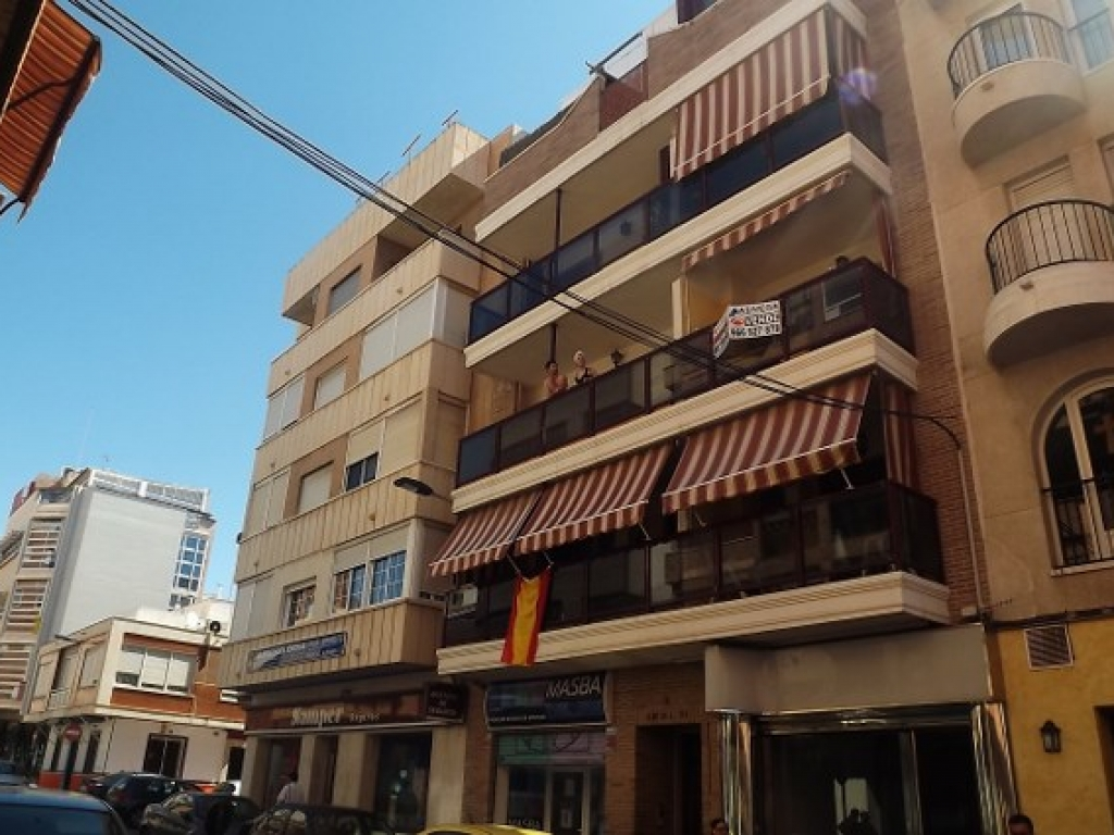 3 Bedroom 2 Bathroom Penthouse Apartment in Torrevieja ATICO
