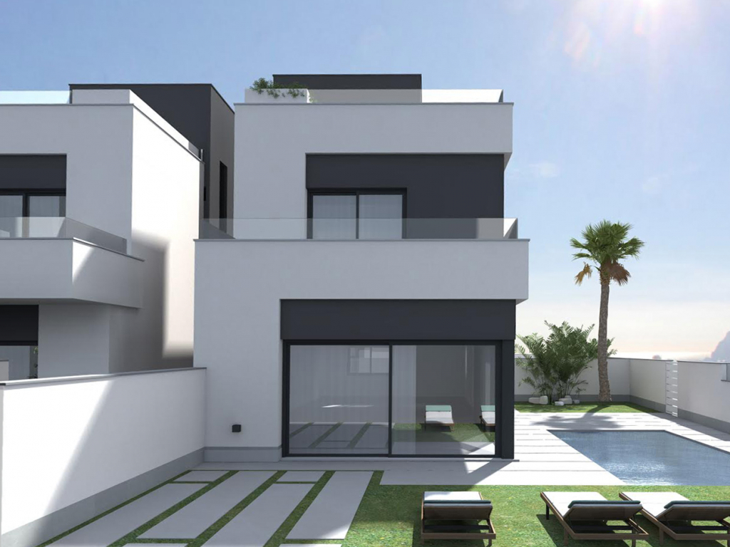 3 Bedroom 2.5 Bathroom Villa in La Zenia