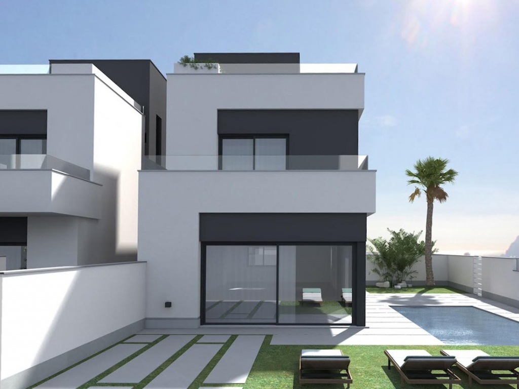 3 Bedroom 2 Bathroom Villa in La Zenia